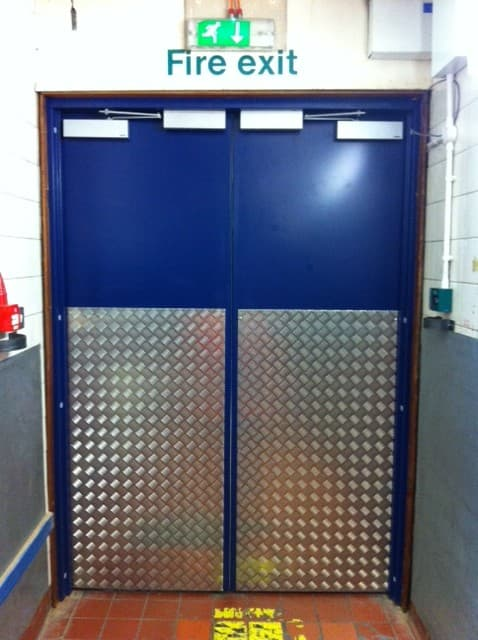Steel Door Set-Double-Half Chequer Plate-Vision Panel-Inside